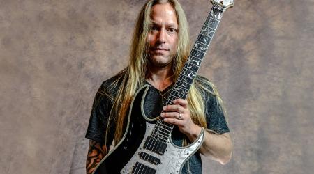 GuitarZoom Masterclass Riffs