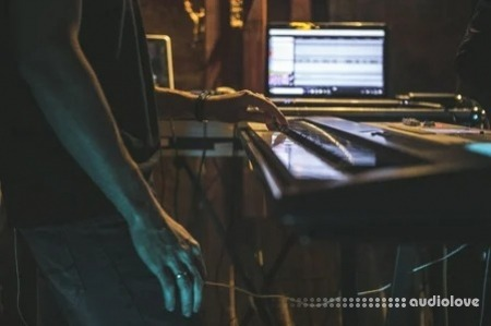 SkillShare Making creative keyboard sounds for your music