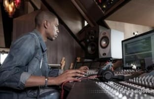 Skillshare Learn How to Mix Music with Young Guru