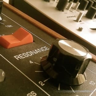 Toby Baker Vintage Synths Vol.1