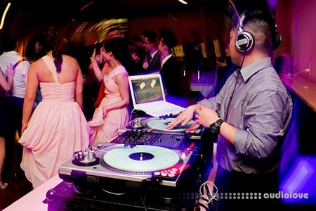 SkillShare Working with a DJ Events and Weddings TUTORiAL