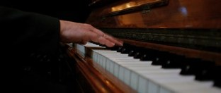 SkillShare Play Beautiful Piano Songs in No Time